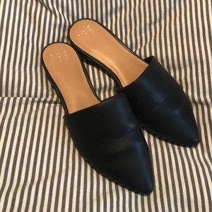 a new day Black Pointed Mules